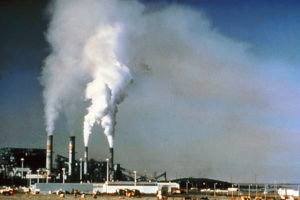 Air_pollution_by_industrial_chimneys